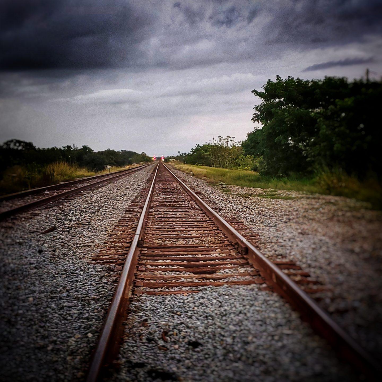 El comienzo de la travesía, distante  (parte II)